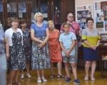 Выставка художественной вышивки и акварели Анны Пугачевой «Под шелест трав…» 6