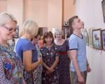 Выставка художественной вышивки и акварели Анны Пугачевой «Под шелест трав…» 13