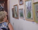 Выставка художественной вышивки и акварели Анны Пугачевой «Под шелест трав…» 21