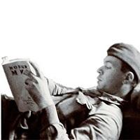 Книги в военных шинелях