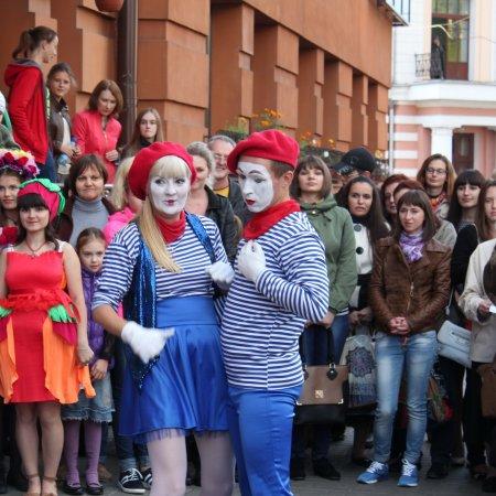 БиблиоFusion-2015: литературный квест, выставка мобилографии и музыкально-танцевальный jam