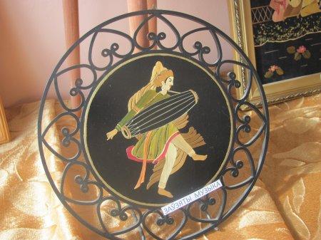 Выставка картин из соломки «Праменьчык сонца залаты»