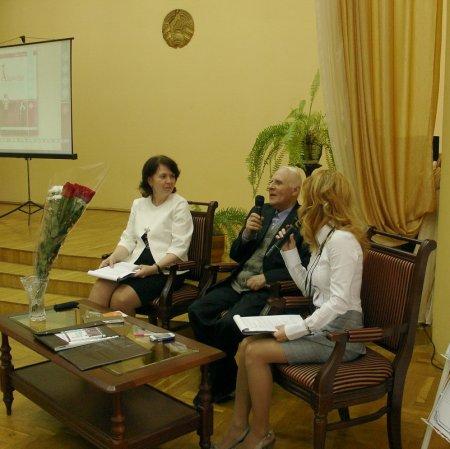 Юбилейный вечер Бориса Ковалерчика прошёл в салоне «Встречи на Замковой»