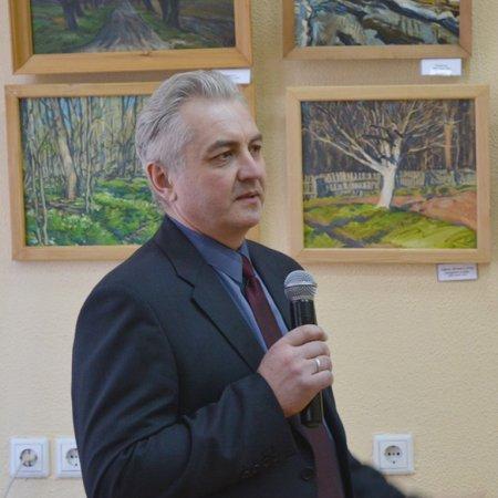 Открылась выставка живописи Юрия Семёнова