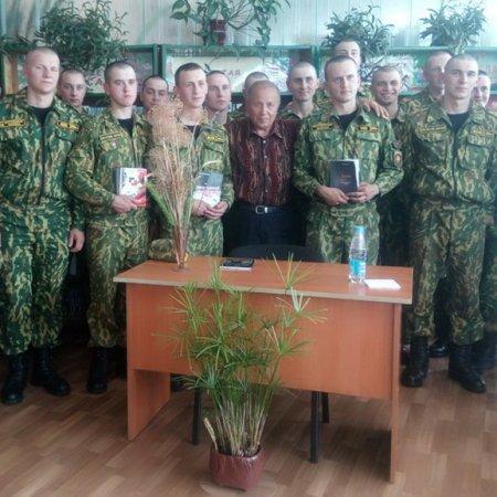 Встреча с писателем Леонидом Муштенко
