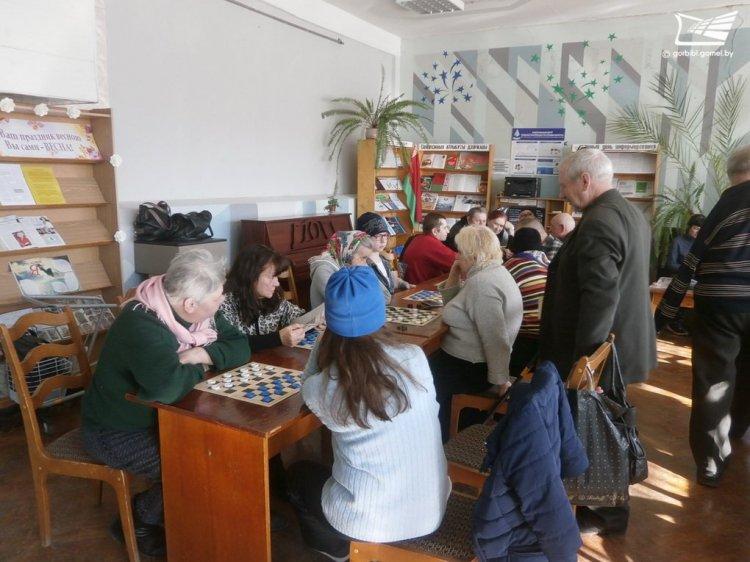 Библиотека-филиал №8 им. Кирилла Туровского отметила 50-летие