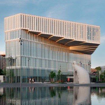 Библиотеку «Дайкман — Бьервика» из Осло в этом году назвали лучшей в мире
