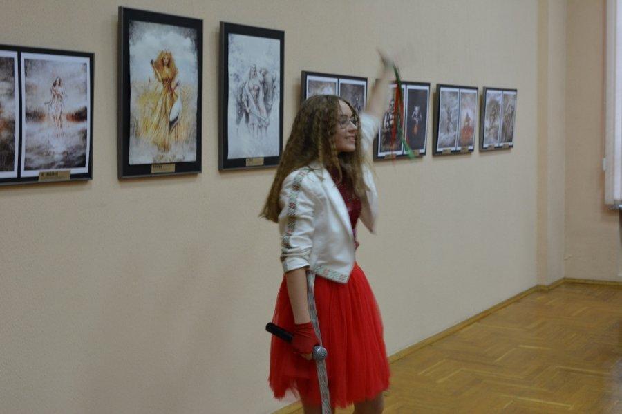 Евгений и Евгения Кот. «Белорусский бестиарий». Выставка иллюстраций и изделий ручной работы